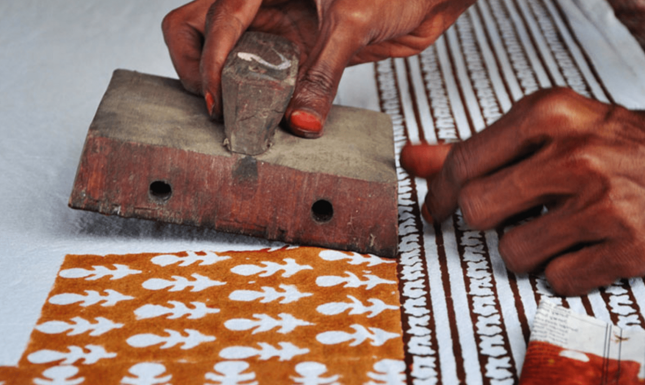 Half Day Tie & Dye (Organic) Class in Jaipur with Private Transfers