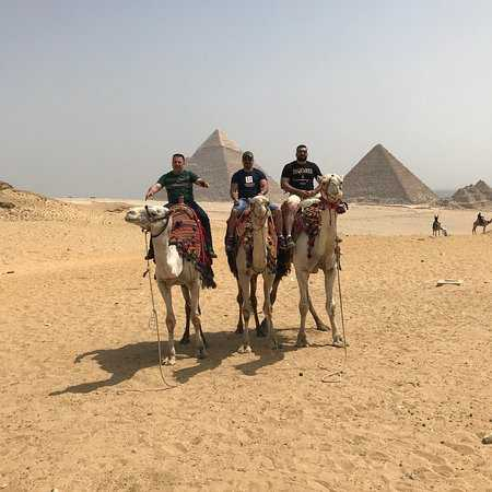 Half-day Tour to the pyramids