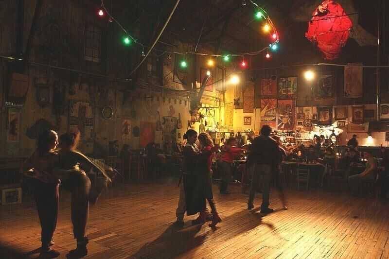 Tango & Milongas Tour