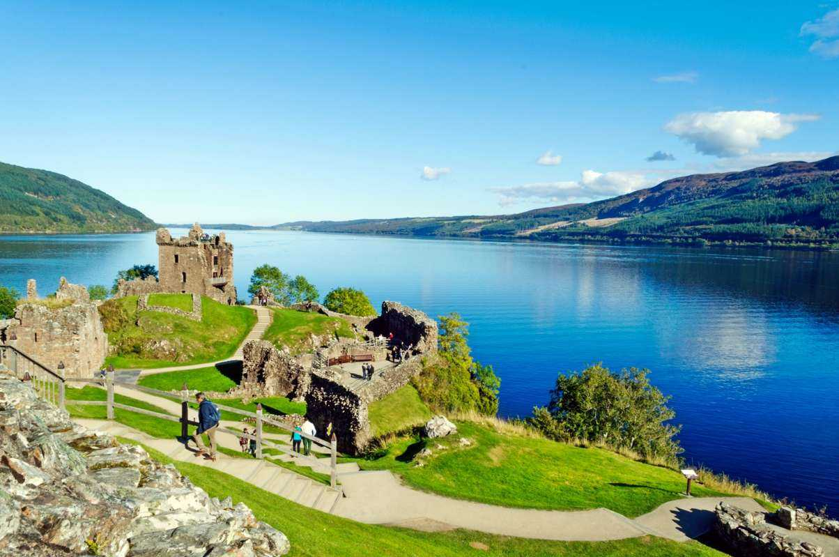 2-Day Loch Ness and Highlands Guided Tour from Edinburgh / Glasgow